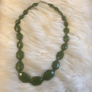 Forever 21 Green Necklace chunky beaded style